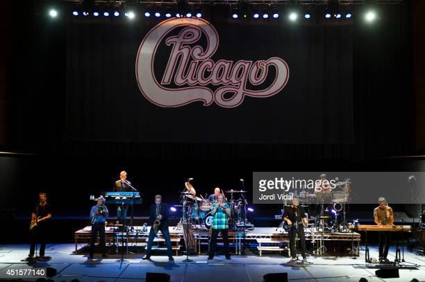 Keith Howland James Pankow Walter Parazalder Tris Imboden Lee Loughnane Jason Scheff and Robert Lamm of Chicago perform on stage at L'Auditori on...