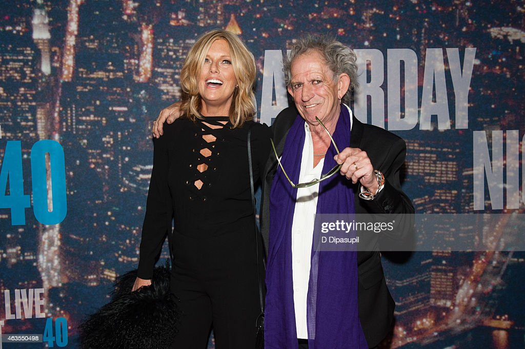 Keith Richards (R) and Patti Hansen attend the SNL 40th Anniversary Celebration at Rockefeller Plaza on February 15, 2015 in New York City.