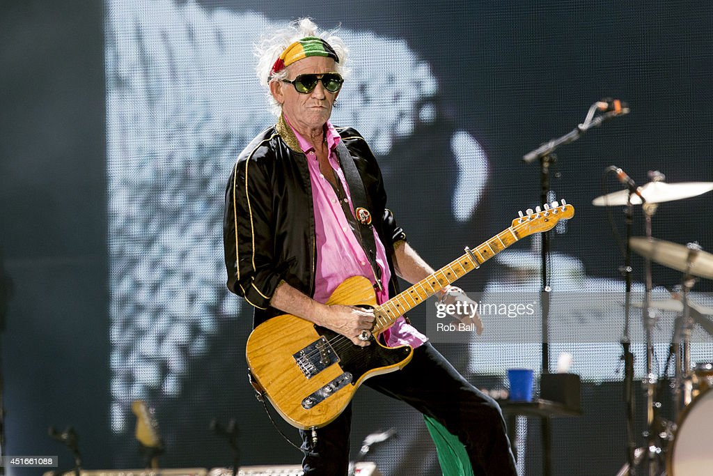 <a gi-track='captionPersonalityLinkClicked' href=/galleries/search?phrase=Keith+Richards+-+Musician&family=editorial&specificpeople=202882 ng-click='$event.stopPropagation()'>Keith Richards</a> from the Rolling Stones headlines the Roskilde Festival 2014 on July 3, 2014 in Roskilde, Denmark.