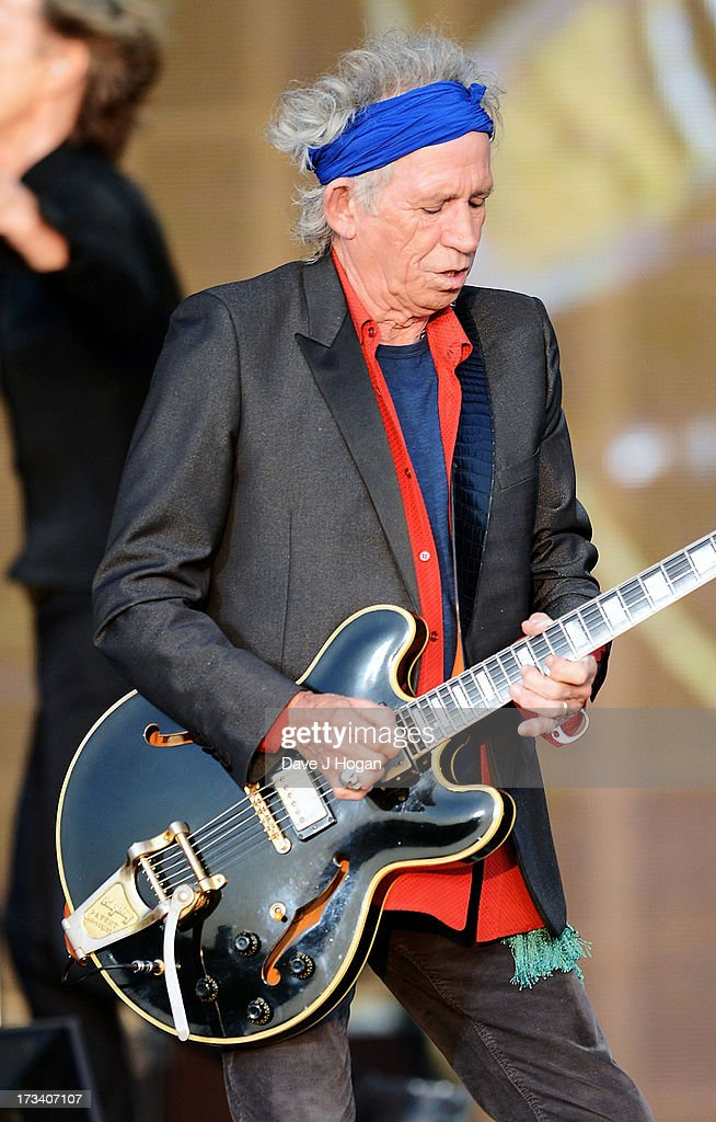 <a gi-track='captionPersonalityLinkClicked' href=/galleries/search?phrase=Keith+Richards+-+Musician&family=editorial&specificpeople=202882 ng-click='$event.stopPropagation()'>Keith Richards</a> of The Rolling Stones performs on stage during a headline performance as part of Barclaycard Present British Summer Time Hyde Park on July 13, 2013 in London, England.