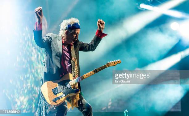 Keith Richards of The Rolling Stones performs on the Pyramid Stage during day 3 of the 2013 Glastonbury Festival at Worthy Farm on June 29 2013 in...