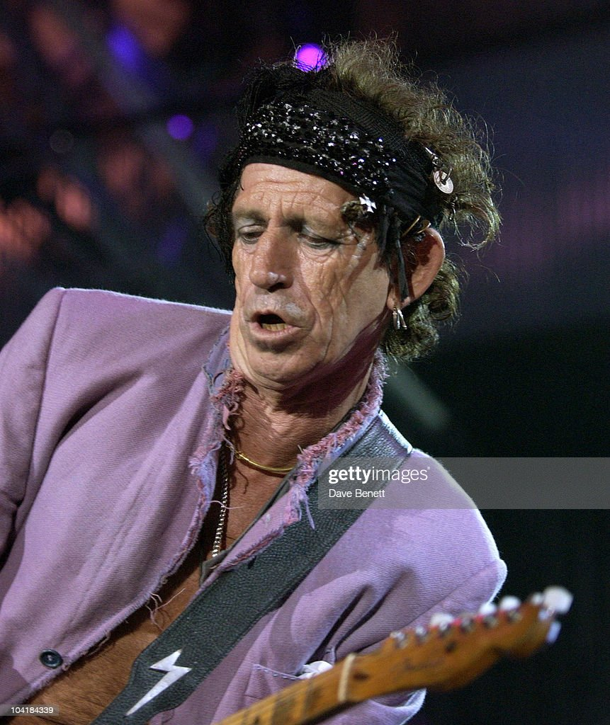 <a gi-track='captionPersonalityLinkClicked' href=/galleries/search?phrase=Keith+Richards+-+M%C3%BAsico&family=editorial&specificpeople=202882 ng-click='$event.stopPropagation()'>Keith Richards</a>, The Rolling Stones Back In England, For The Start Of Their Uk Tour Which Started At The Famous Rugby Stadium,twickenham.