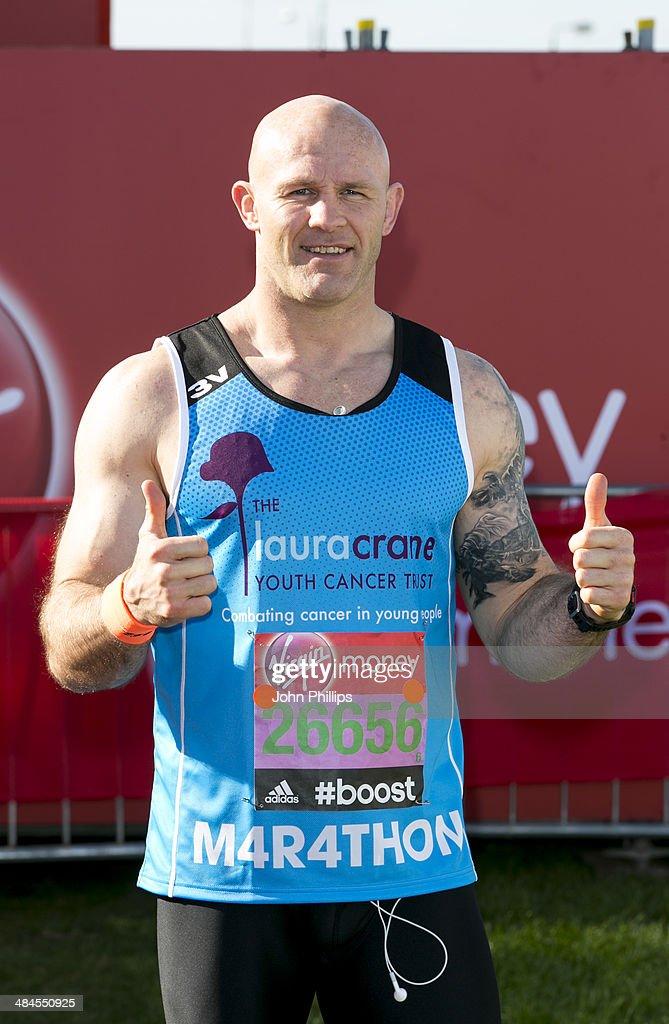 Keith Senior takes part in the 2014 London Marathon on April 13, 2014 in London, England.