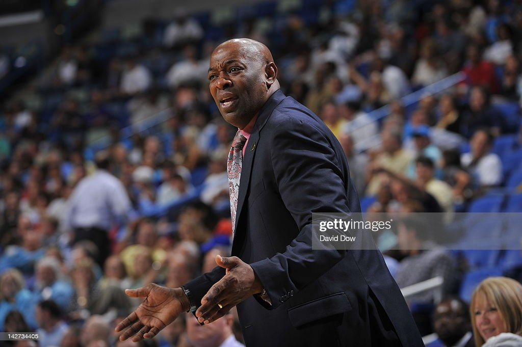 <a gi-track='captionPersonalityLinkClicked' href=/galleries/search?phrase=Keith+Smart&family=editorial&specificpeople=182522 ng-click='$event.stopPropagation()'>Keith Smart</a>, Head Coach of the Sacramento Kings reacts during the game against the New Orleans Hornets on April 11, 2012 at the New Orleans Arena in New Orleans, Louisiana.