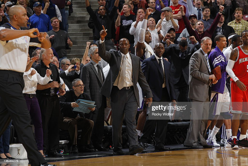<a gi-track='captionPersonalityLinkClicked' href=/galleries/search?phrase=Keith+Smart&family=editorial&specificpeople=182522 ng-click='$event.stopPropagation()'>Keith Smart</a> Head Coach of the Sacramento Kings waves to the crowd during a game at Power Balance Pavilion on January 5, 2012 in Sacramento, California.