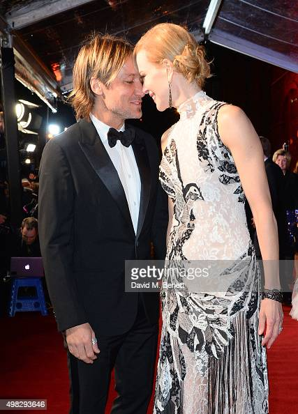 Keith Urban and Nicole Kidman arrive at The London Evening Standard Theatre Awards in partnership with The Ivy at The Old Vic Theatre on November 22...
