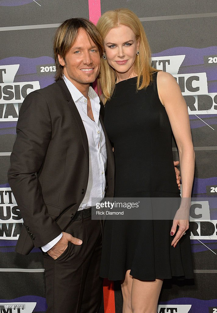 Keith Urban and Nicole Kidman attend the 2013 CMT Music awards at the Bridgestone Arena on June 5, 2013 in Nashville, Tennessee.