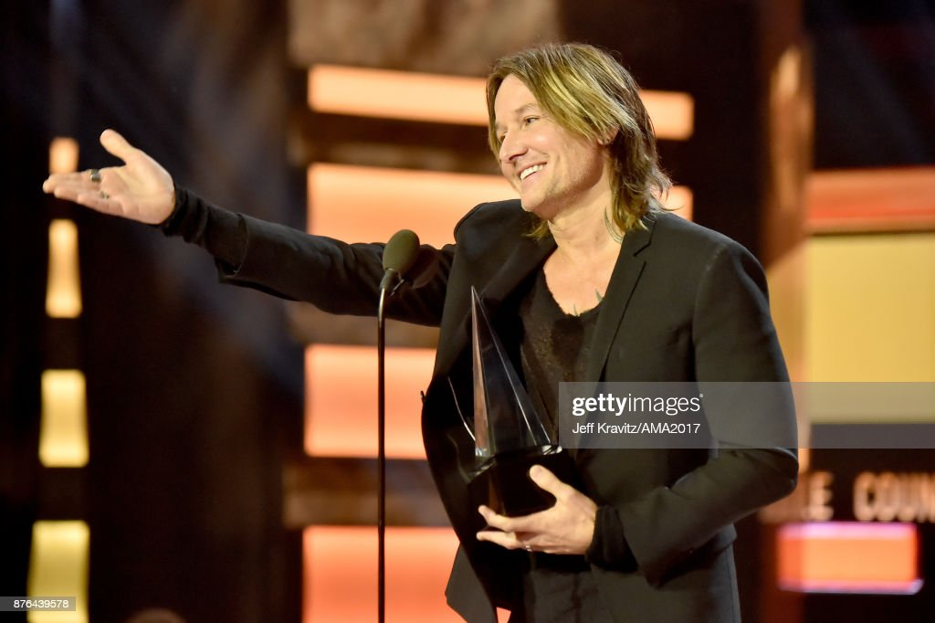 Keith Urban onstage during the 2017 American Music Awards at Microsoft Theater on November 19, 2017 in Los Angeles, California.