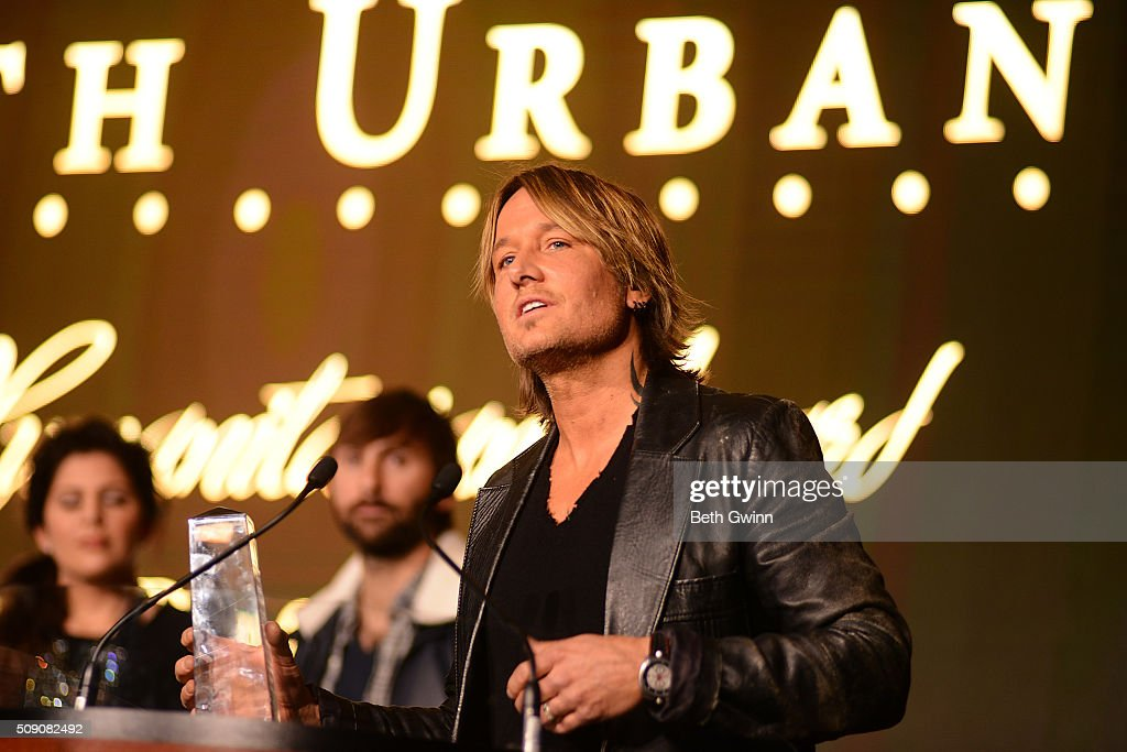 Keith Urban receives the Humanitarian Award at the Country Music Seminar at Omni Hotel on February 8, 2016 in Nashville, Tennessee.