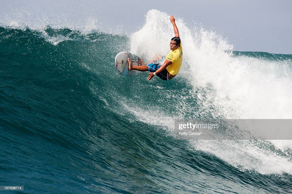 Kekoa Bacalso of Hawaii surfs enroute to advancing to Round 2 of the VANS World Cup of Surfing after winning his Round 1 heat on November 27, 2012 in North Shore, Hawaii.