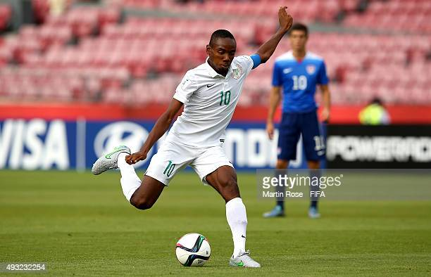 Kelechi Nwakali of Nigeria runs with the ball during the FIFA U17 Men's World Cup 2015 group A match between Nigeria and USA at Estadio Nacional de...