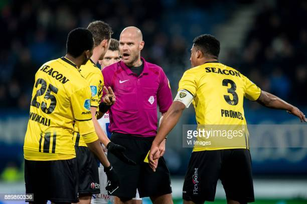 Kelechi Nwakali of VVV Clint Leemans of VVV Rob Dieperink Jerold Promes of VVV during the Dutch Eredivisie match between sc Heerenveen and VVV Venlo...