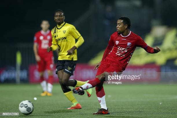 Kelechi Nwakali of VVV Venlo Urby Emanuelson of FC Utrecht during the Second Round Dutch Cup match between VVVVenlo and FC Utrecht at Seacon stadium...