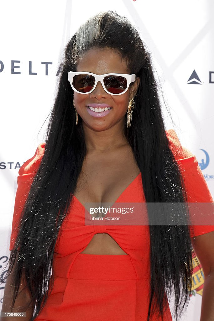 Kelis attends the 4th annual Kiehl's LifeRide for amfAR at The Grove on August 8, 2013 in Los Angeles, California.