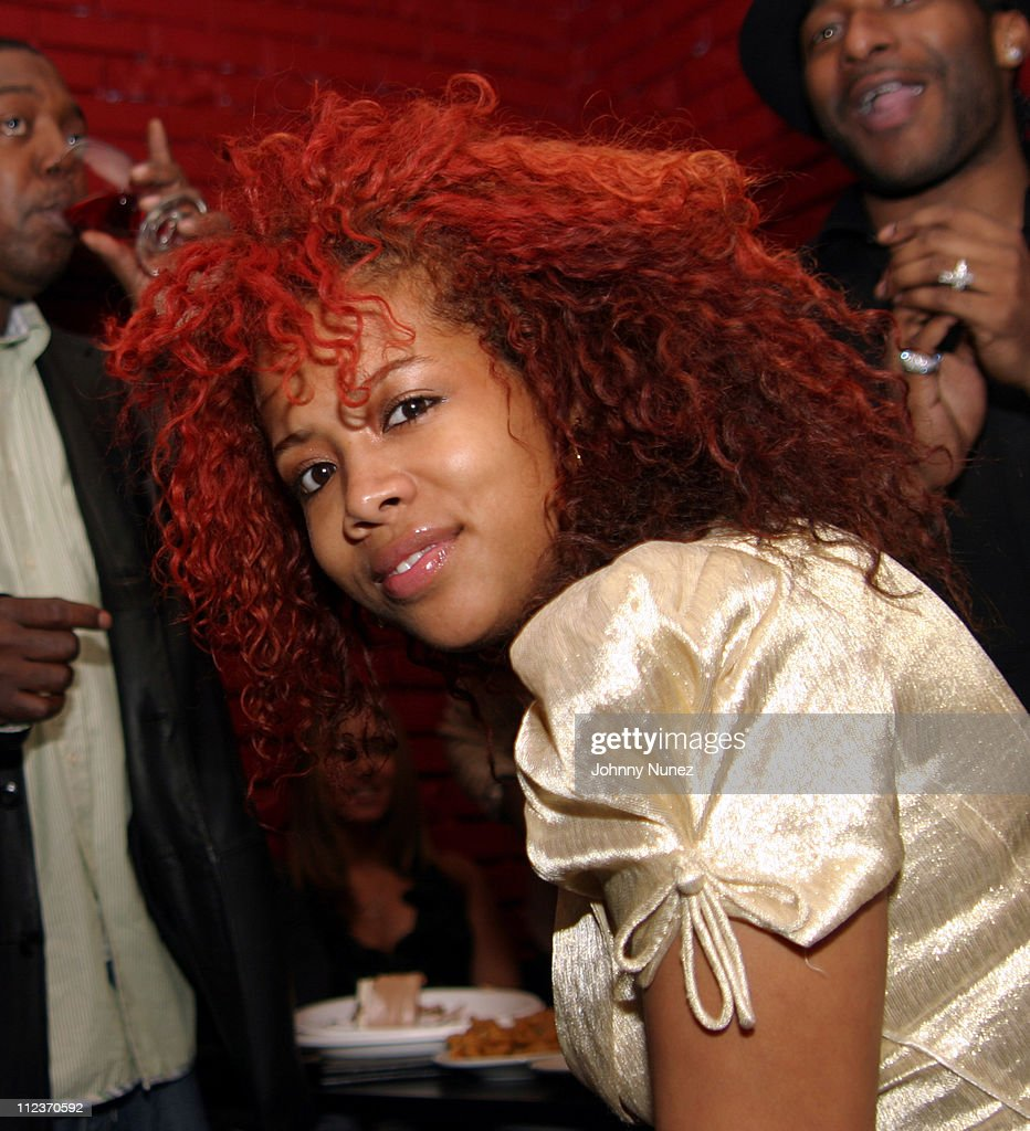 <a gi-track='captionPersonalityLinkClicked' href=/galleries/search?phrase=Kelis&family=editorial&specificpeople=203061 ng-click='$event.stopPropagation()'>Kelis</a> during Nas Private Listening Party - December 1, 2004 at Aza Aza in New York City, New York, United States.