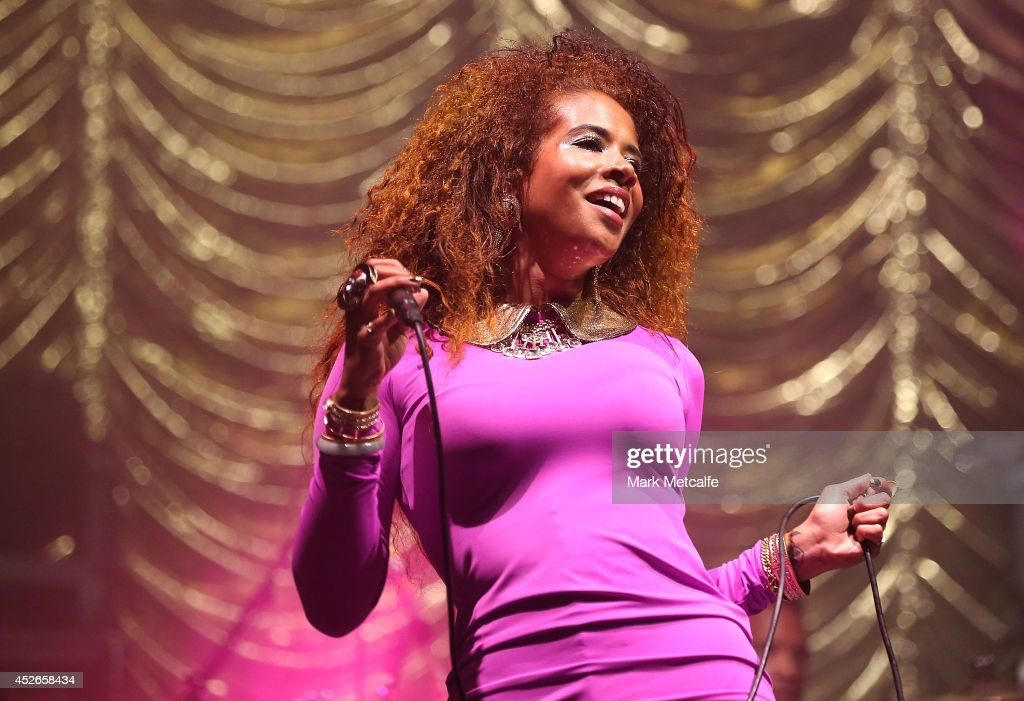 <a gi-track='captionPersonalityLinkClicked' href=/galleries/search?phrase=Kelis&family=editorial&specificpeople=203061 ng-click='$event.stopPropagation()'>Kelis</a> performs on stage at Splendour In the Grass 2014 on July 25, 2014 in Byron Bay, Australia.