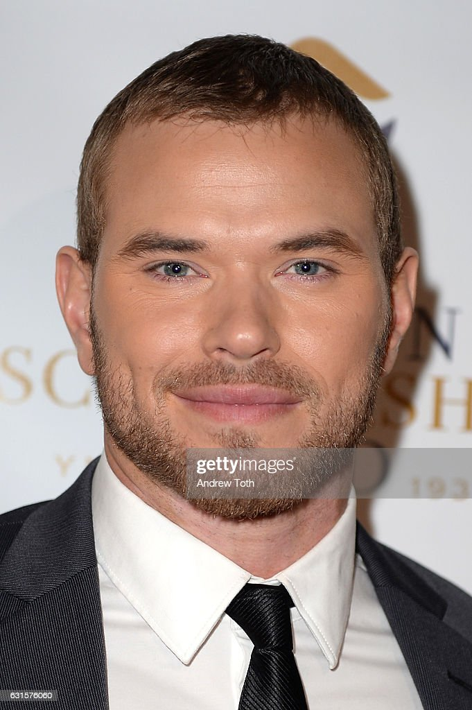 Kellan Lutz attends the 80th annual YMA Fashion Scholarship Fund Geoffrey Beene National Scholarship awards at Grand Hyatt New York on January 12, 2017 in New York City.