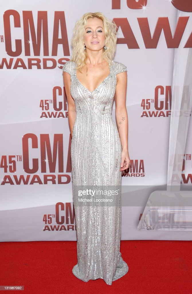 <a gi-track='captionPersonalityLinkClicked' href=/galleries/search?phrase=Kellie+Pickler&family=editorial&specificpeople=600021 ng-click='$event.stopPropagation()'>Kellie Pickler</a> attends the 45th annual CMA Awards at the Bridgestone Arena on November 9, 2011 in Nashville, Tennessee.