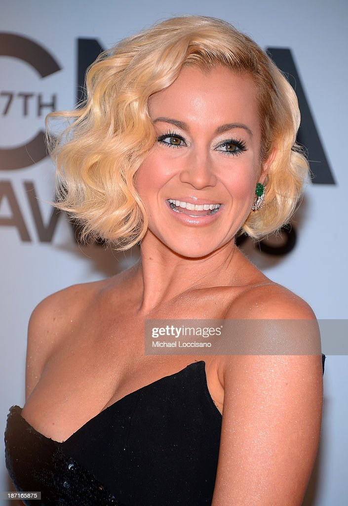 Kellie Pickler attends the 47th annual CMA Awards at the Bridgestone Arena on November 6, 2013 in Nashville, Tennessee.