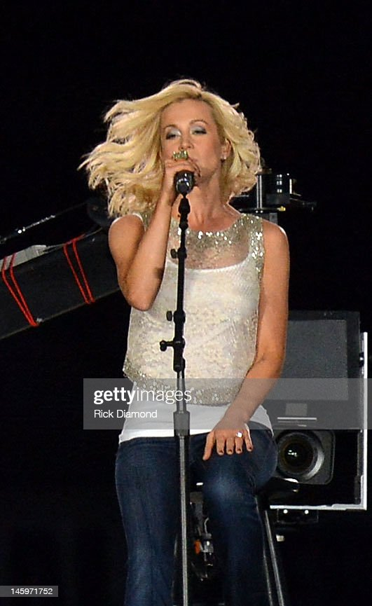 <a gi-track='captionPersonalityLinkClicked' href=/galleries/search?phrase=Kellie+Pickler&family=editorial&specificpeople=600021 ng-click='$event.stopPropagation()'>Kellie Pickler</a> performs during the 2012 CMA Music Festival - Day 1 at LP Field on June 7, 2012 in Nashville, Tennessee.