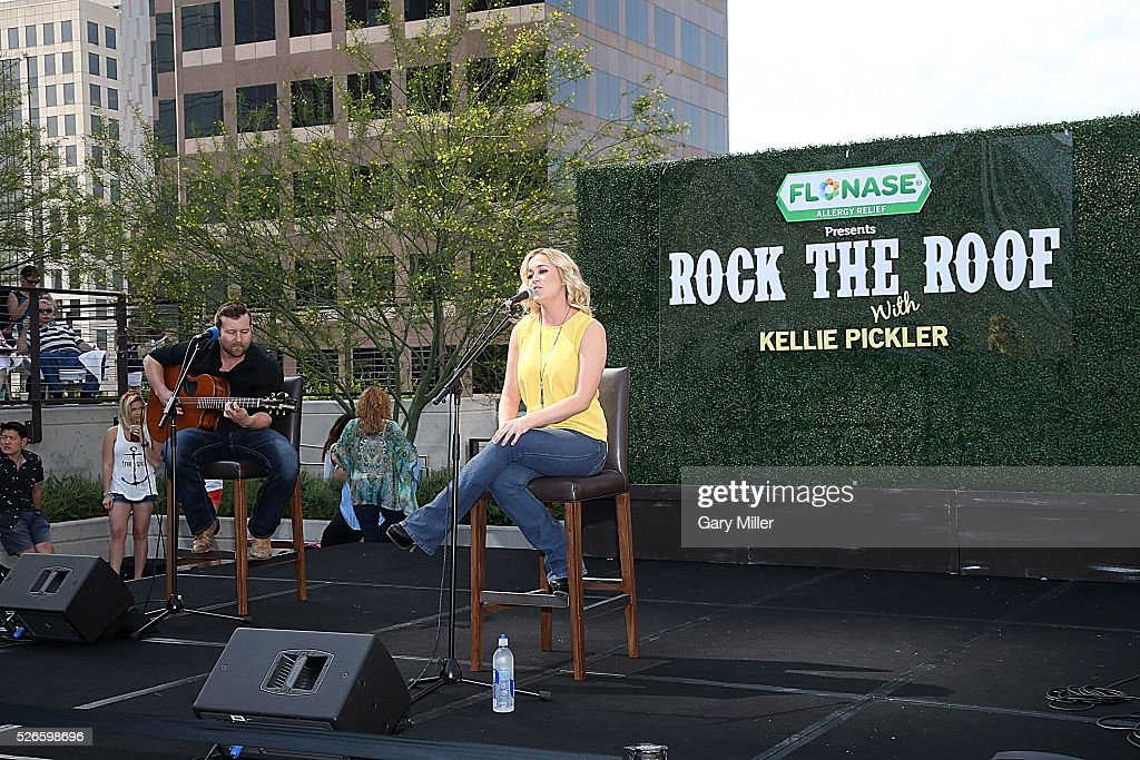 Kellie Pickler (R) performs in concert during the Flonaise Rock the Roof event at the JW Marriott Hotel on April 30, 2016 in Austin, Texas.
