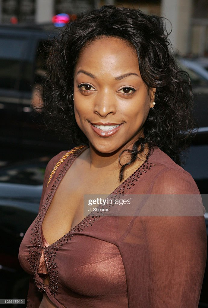 Kellita Smith during 'The Honeymooners' Los Angeles Premiere - Red Carpet at Grauman's Chinese Theater in Hollywood, California, United States.