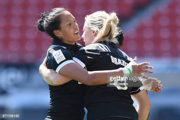 Kelly Brazier of New Zealand celebrates scoring a try during the HSBC World Rugby Women's Sevens Series 2016/17 Kitakyushu semi final between Fiji...