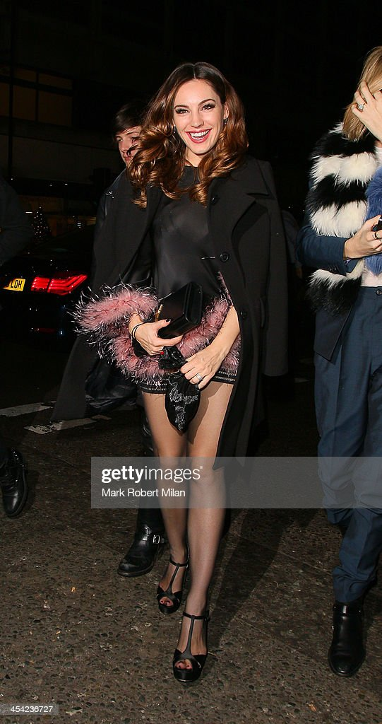 <a gi-track='captionPersonalityLinkClicked' href=/galleries/search?phrase=Kelly+Brook&family=editorial&specificpeople=206582 ng-click='$event.stopPropagation()'>Kelly Brook</a> arriving at Chakana night club on December 7, 2013 in London, England.
