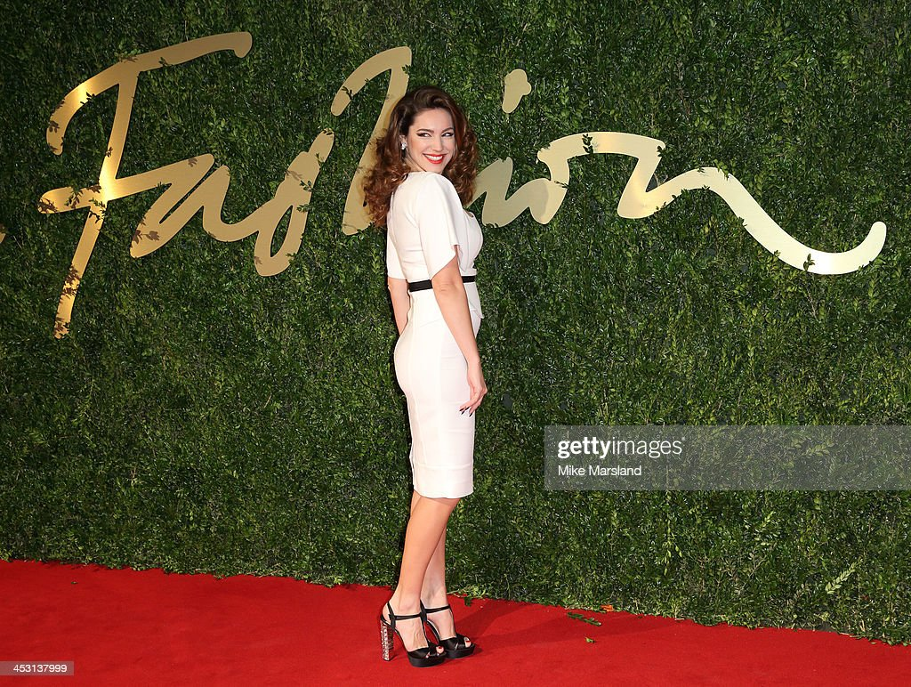 Kelly Brook attends the British Fashion Awards 2013 at London Coliseum on December 2, 2013 in London, England.