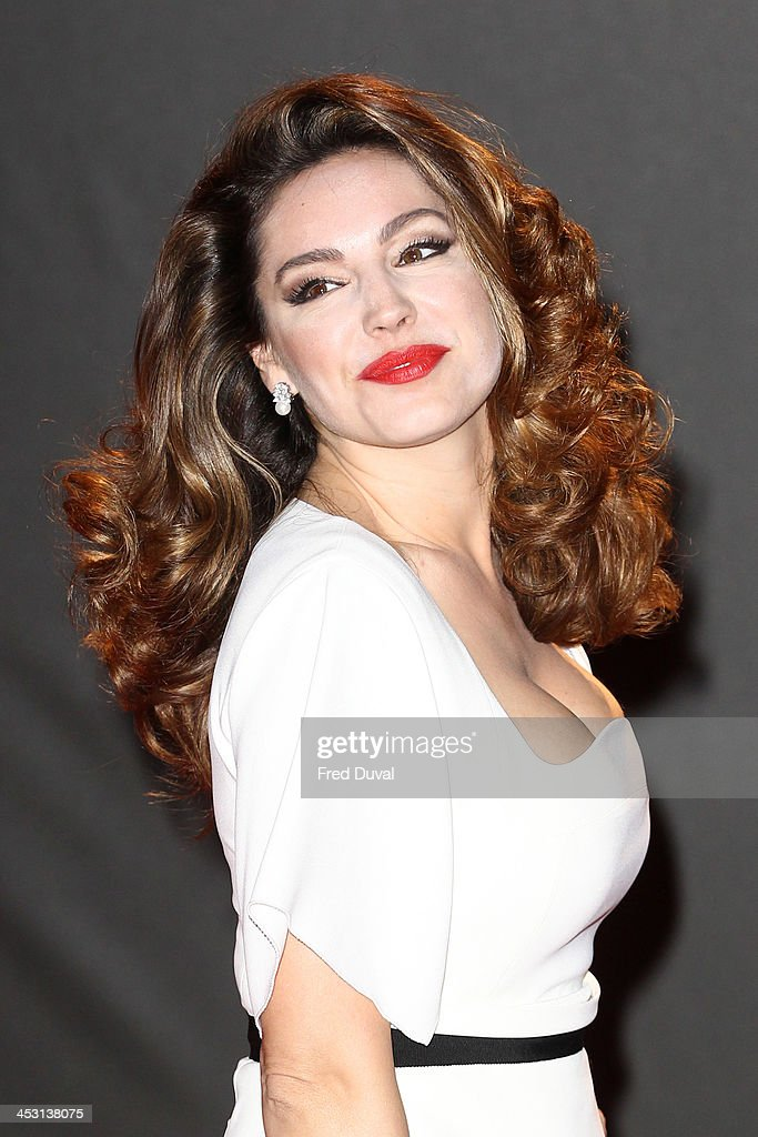 <a gi-track='captionPersonalityLinkClicked' href=/galleries/search?phrase=Kelly+Brook&family=editorial&specificpeople=206582 ng-click='$event.stopPropagation()'>Kelly Brook</a> attends the British Fashion Awards 2013 at London Coliseum on December 2, 2013 in London, England.