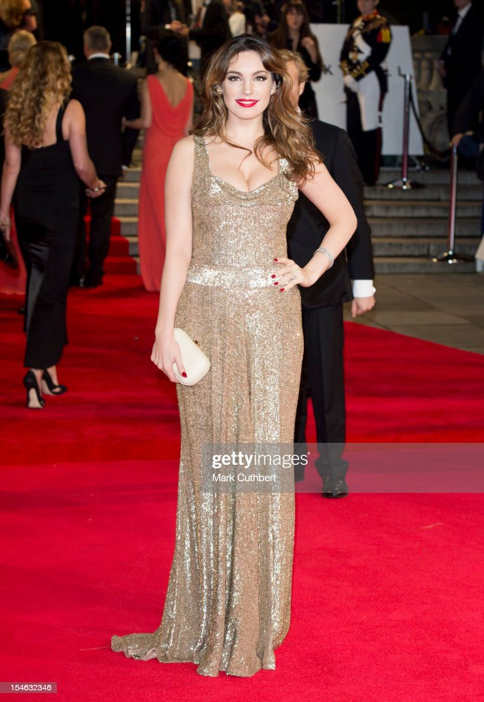 <a gi-track='captionPersonalityLinkClicked' href=/galleries/search?phrase=Kelly+Brook&family=editorial&specificpeople=206582 ng-click='$event.stopPropagation()'>Kelly Brook</a> attends the Royal World Premiere of 'Skyfall' at Royal Albert Hall on October 23, 2012 in London, England.