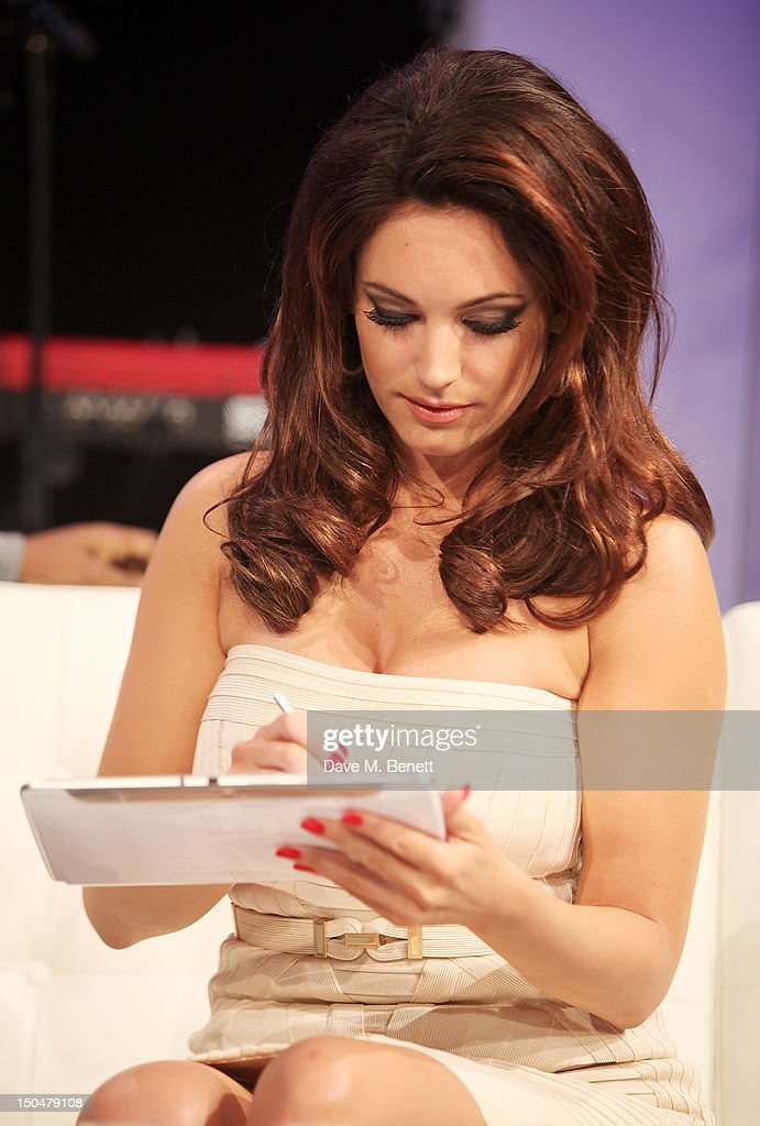 Kelly Brook reveals the Samsung Galaxy Note 10.1 at its London launch event at One Mayfair on August 15, 2012 in London, England.