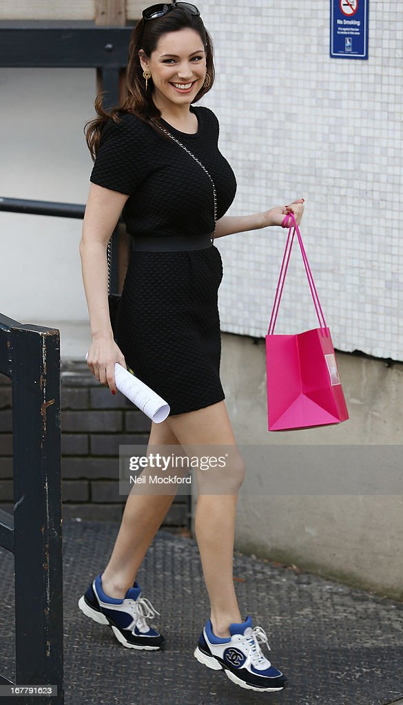 <a gi-track='captionPersonalityLinkClicked' href=/galleries/search?phrase=Kelly+Brook&family=editorial&specificpeople=206582 ng-click='$event.stopPropagation()'>Kelly Brook</a> seen leaving the ITV Studios on April 30, 2013 in London, England.