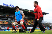 Kelly Brown of Saracens warmsup ahead of the Aviva Premiership match between Saracens and Exeter Chiefs at Allianz Park stadium on March 26 2016 in...