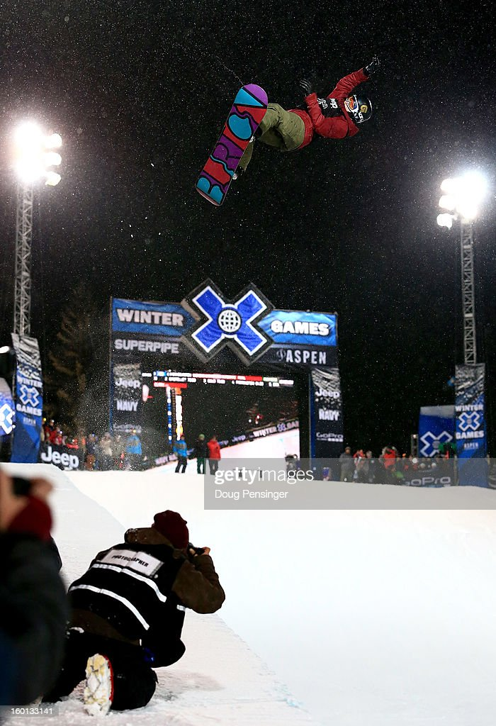 <a gi-track='captionPersonalityLinkClicked' href=/galleries/search?phrase=Kelly+Clark&family=editorial&specificpeople=221586 ng-click='$event.stopPropagation()'>Kelly Clark</a> spins above the halfpipe en route to winning the gold medal in the Women's Snowbaord Superpipe during Winter X Games Aspen 2013 at Buttermilk Mountain on January 26, 2013 in Aspen, Colorado.