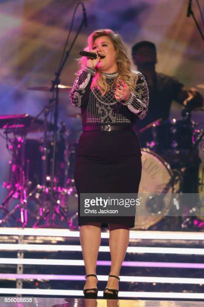 Kelly Clarkson performs during the closing ceremony of the Invictus Games 2017 at Air Canada Centre on September 30 2017 in Toronto Canada