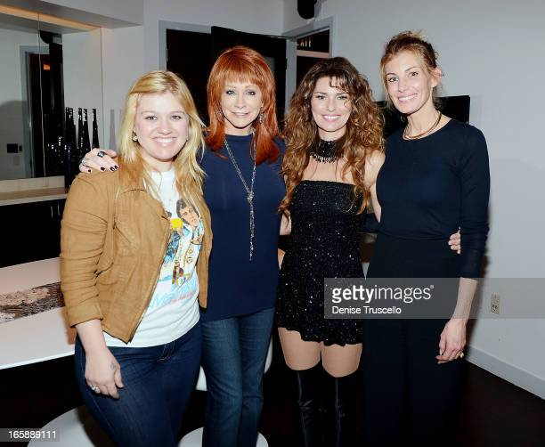 Kelly Clarkson Reba McEntire Shania Twain and Faith Hill backstage after Shania Twain's performance SHANIA STILL THE ONE at The Colosseum at Caesars...