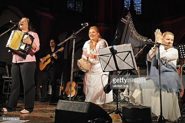 Kelly Family Band Pop music Ireland performing in a church in Harvestehude in Hamburg Germany