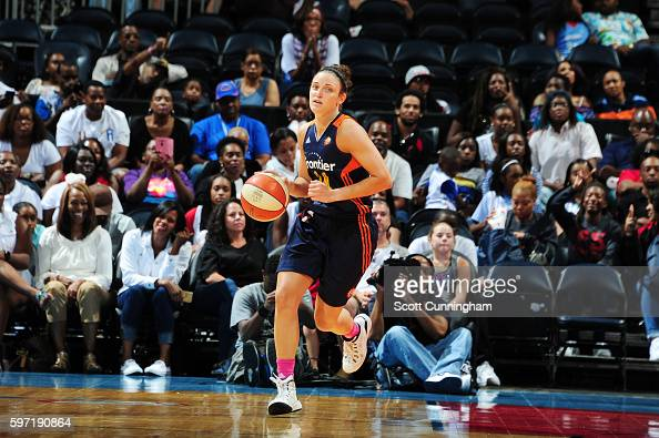 Kelly Faris of the Connecticut Sun handles the ball against the Atlanta Dream on August 28 2016 at Philips Arena in Atlanta Georgia NOTE TO USER User...