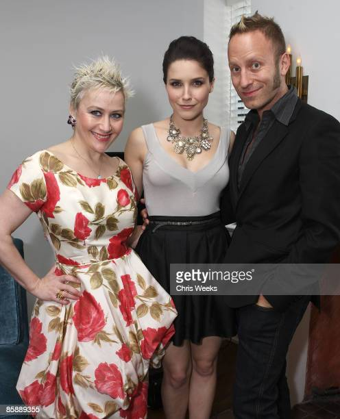 WEST HOLLYWOOD CA APRIL 09 Kelly Green actress Sophia Bush and Gregory Arlt attend a luncheon for fashion designer Rachel Pally at the Chateau...