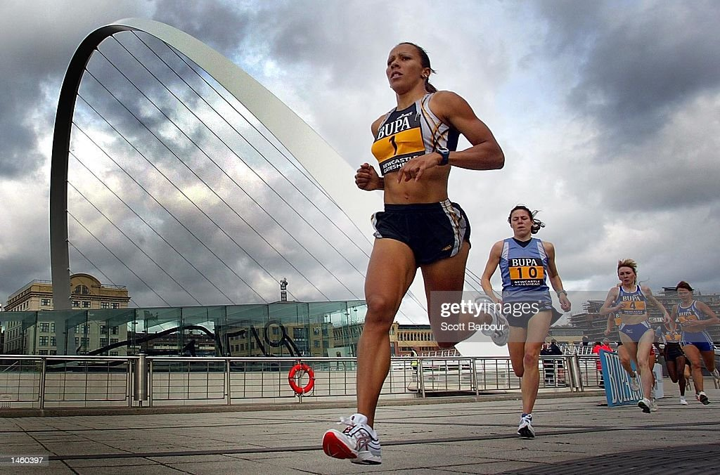 Kelly Holmes of Ealing Southall and MX in action whilst winning the BUPA Great North Mile International Women's Race in a time of 4 minutes 32 seconds on October 5, 2002 in Newcastle, United Kingdom.