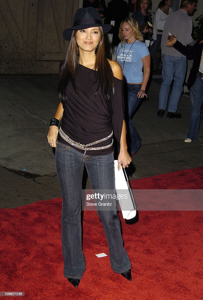 Kelly hu during mercedes benz spring 2005 l a fashion for Mercedes benz culver city