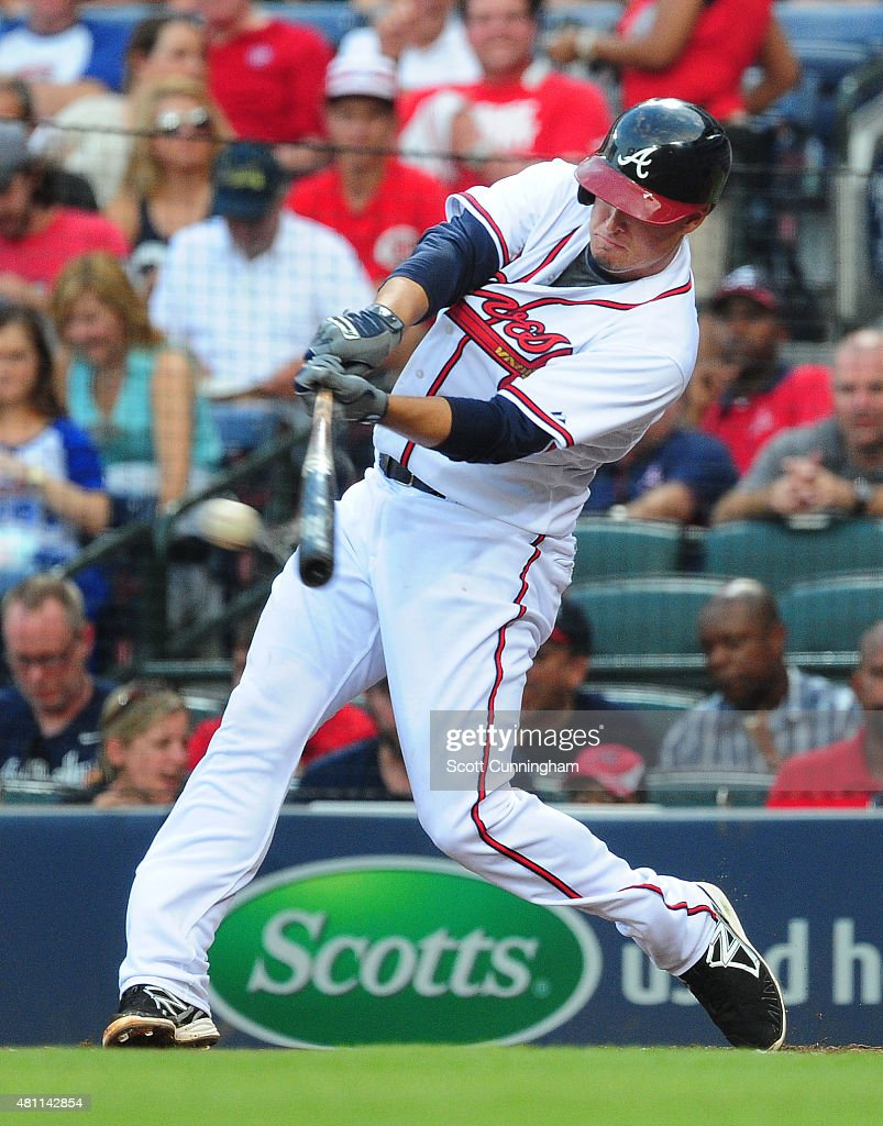 Kelly Johnson #24 of the Atlanta Braves knocks in a run with a first inning single against the Chicago Cubs at Turner Field on July 17, 2015 in Atlanta, Georgia.