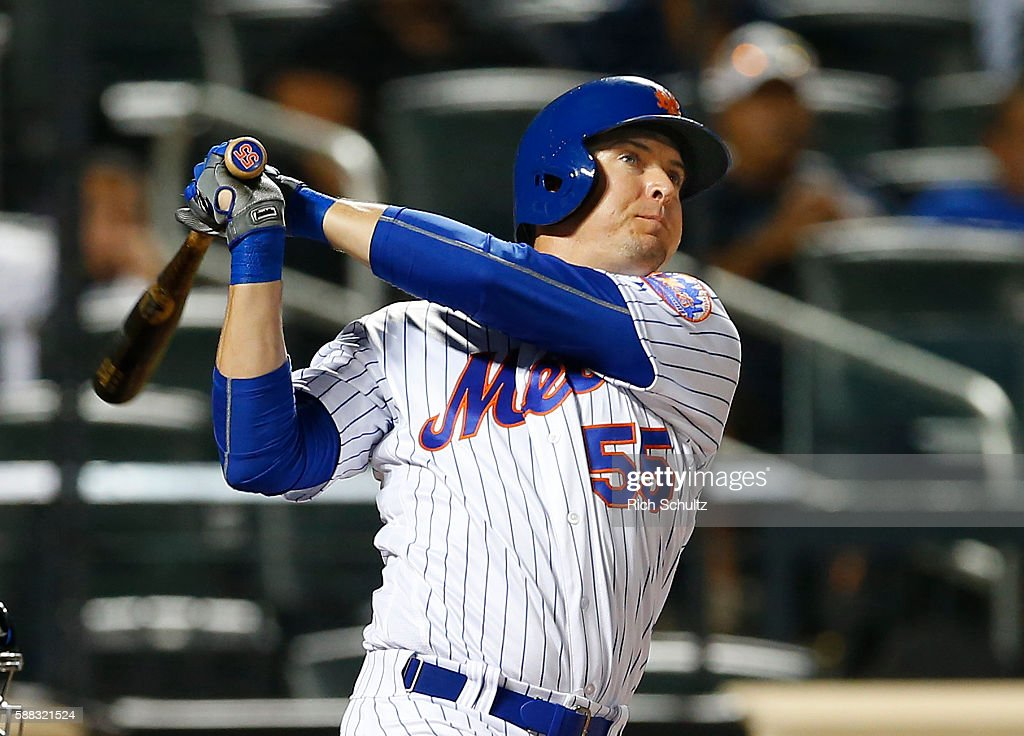 Kelly Johnson #55 of the New York Mets hits a two run home run in the ninth inning to tie the game against the Arizona Diamondbacks at Citi Field on August 10, 2016 in the Flushing neighborhood of the Queens borough of New York City.