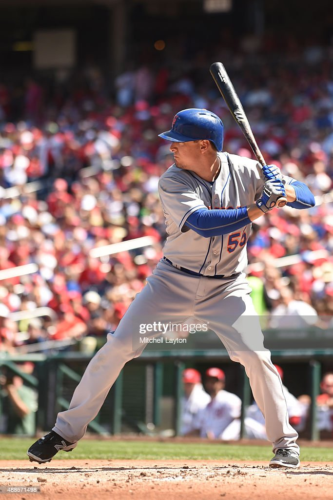 <a gi-track='captionPersonalityLinkClicked' href=/galleries/search?phrase=Kelly+Johnson+-+Baseballspieler&family=editorial&specificpeople=4520789 ng-click='$event.stopPropagation()'>Kelly Johnson</a> #55 of the New York Mets prepares for a pitch during a baseball game against the Washington Nationals at Nationals Park on September 7, 2015 in Washington, DC. The Mets won 8-5.