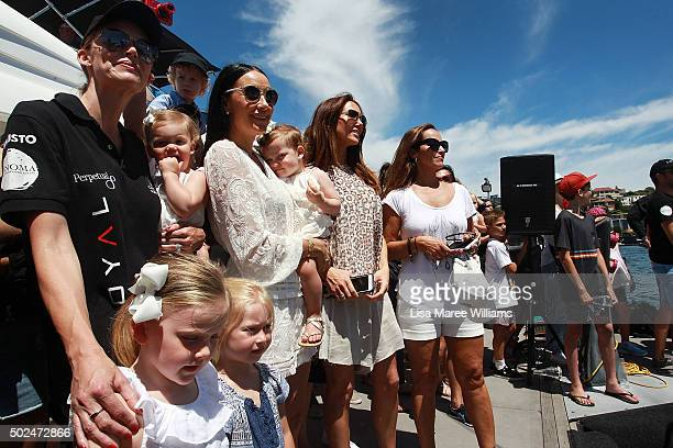 Kelly LandryBell Terry Biviano Kyly Clarke Sally Burleigh and children look on as Perpetual LOYAL's deaprts Rose Bay Marina on December 26 2015 in...