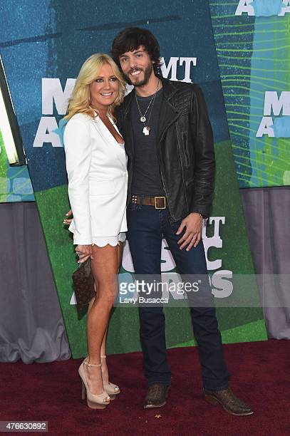 Kelly Lyn and Chris Janson attend the 2015 CMT Music awards at the Bridgestone Arena on June 10 2015 in Nashville Tennessee