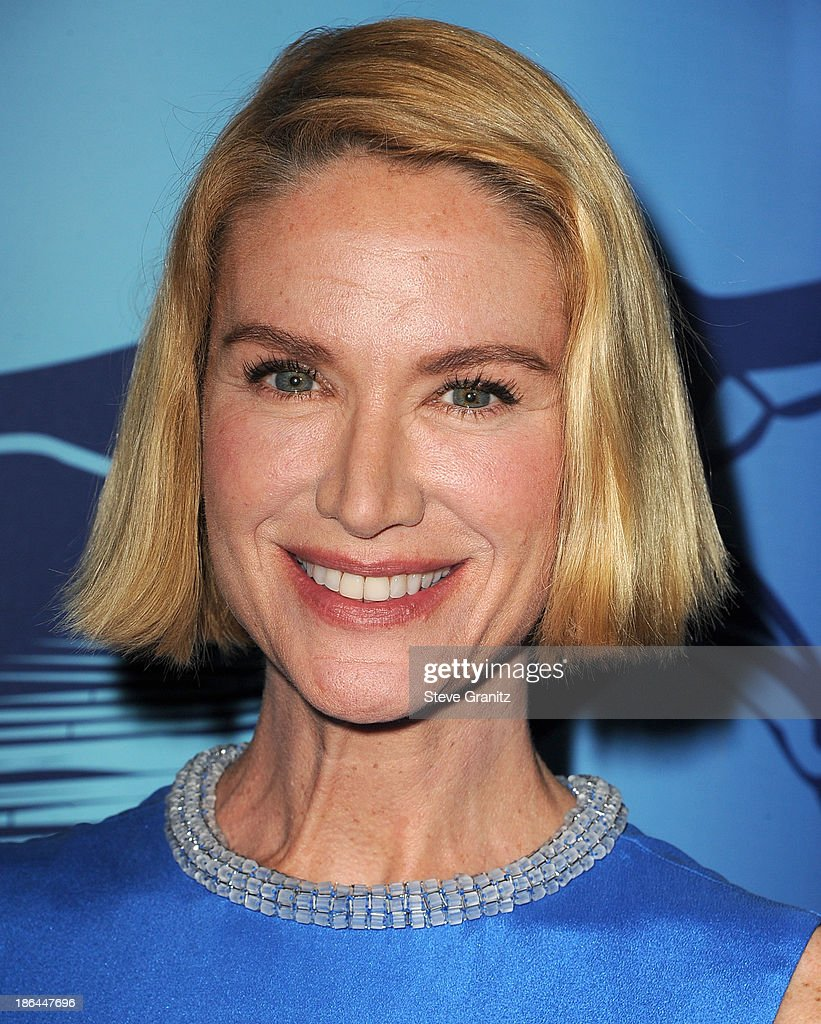 Kelly Lynch arrives at the Oceana Partners Award Gala With Former Secretary Of State Hillary Rodham Clinton and HBO CEO Richard Pleple at Regent Beverly Wilshire Hotel on October 30, 2013 in Beverly Hills, California.