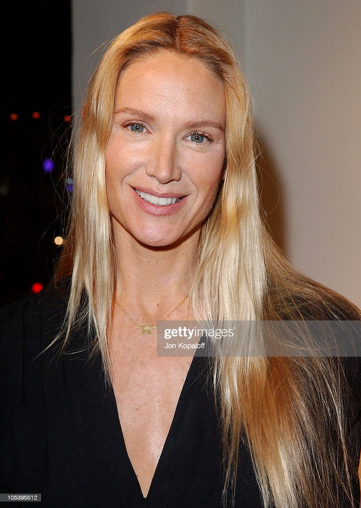 <a gi-track='captionPersonalityLinkClicked' href=/galleries/search?phrase=Kelly+Lynch&family=editorial&specificpeople=203037 ng-click='$event.stopPropagation()'>Kelly Lynch</a> during The Paper Bag Princess Boutique Opening - Arrivals at The Paper Bag Princess Boutique in Beverly Hills, California, United States.