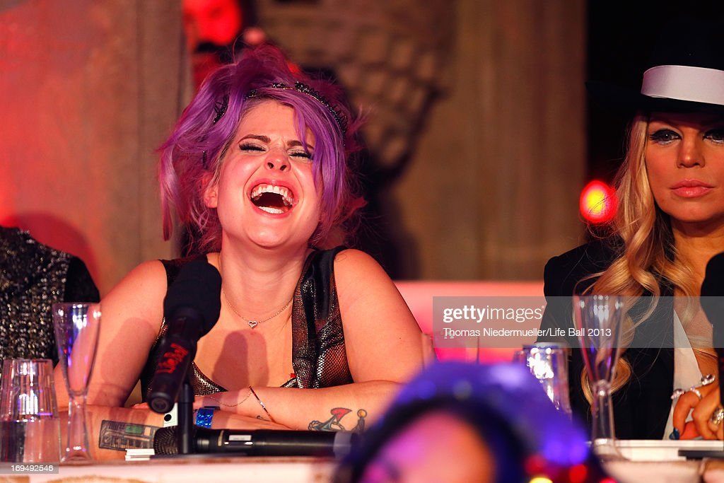 <a gi-track='captionPersonalityLinkClicked' href=/galleries/search?phrase=Kelly+Osbourne&family=editorial&specificpeople=156416 ng-click='$event.stopPropagation()'>Kelly Osbourne</a> and Fergie seen at the 'Life Ball 2013 - After Show Party' at City Hall on May 25, 2013 in Vienna, Austria.